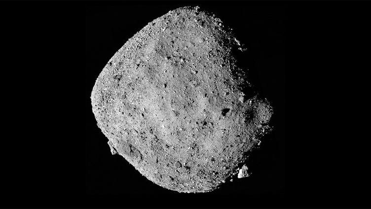 Vue de l'astéroïde Bennu depuis Osiris-Rex, diffusée en décembre 2018. (NASA/ GODDARD/ UNIVERSITY OF ARIZONA)