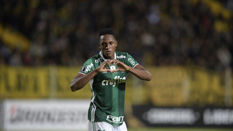 Le défenseur colombien Yerry Mina sous le maillot de Palmeiras (MIGUEL ROJO / AFP)