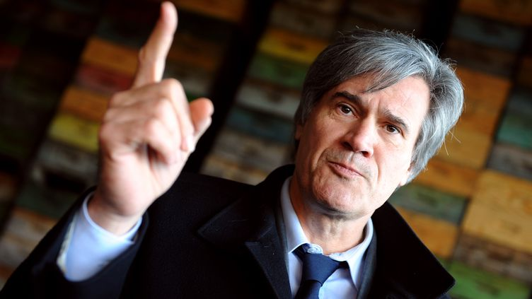 Stéphane Le Foll, ministre de l'Agriculture, auGrand-Lucé (Sarthe), le 8 février 2013. (JEAN-FRANCOIS MONIER / AFP)