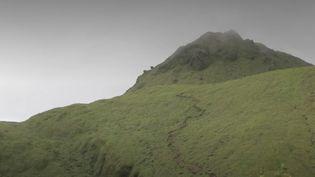 La Montagne Pelée, un volcan magnifique, toujours actif et sous surveillance depuis un mois, pourrait bien figurer prochainement au patrimoine mondial de l'Unesco. (FRANCE 2)