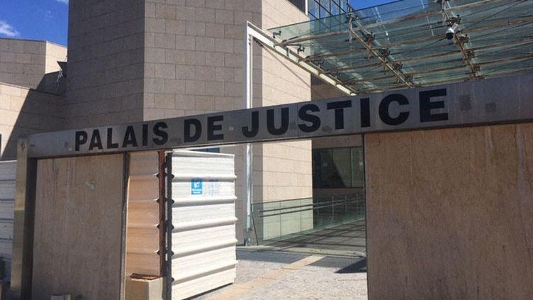 Palais de justice à Avignon (Vaucluse), Tribunal judiciaire. (MARIE-AUDREY LAVAUD / FRANCE-BLEU VAUCLUSE)
