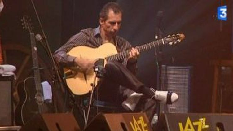 Angelo Debarre: hommage à Django Reinhardt à Jazz sous les pommiers  (Culturebox)