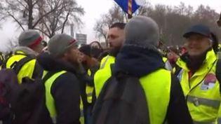 """Ce samedi 12 janvier, des """"gilets jaunes"""" se sont donné rendez-vous à Bourges (Cher) pour ce 9e samedi de mobilisation. (CAPTURE D'ÉCRAN FRANCE 3)"""