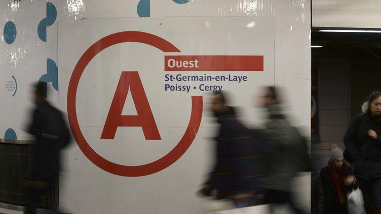 La ligne A du RER parisien est laplus chargée d'Europe, avec 1 million de voyageurs par jour. (STEPHANE DE SAKUTIN / AFP)