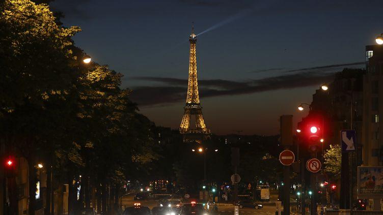 La tour Eiffel, le 21 juin 2018, à Paris. (LUDOVIC MARIN / AFP)