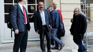 Laurent Brun et Philippe Martinez (à gauche), de la CGT, vendredi 25 mai 2018 à Matignon. (FRANCOIS GUILLOT / AFP)