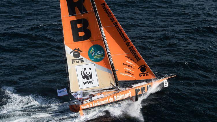 Le voilier monocoque de Vincent Riou avec lequel il prendra le départ de la Route du Rhum, le dimanche 4 novembre 2018. (DAVID ADEMAS / MAXPPP)