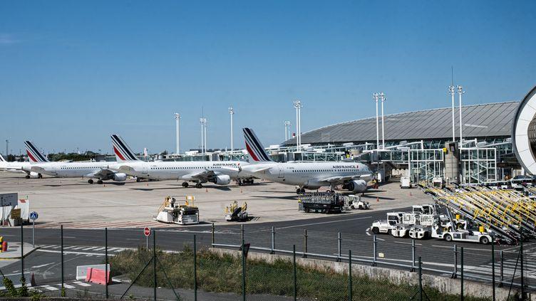 Le tarmac de l'aéroportRoissy - Charles de Gaulle, près de Paris, le 23 juin 2020. (UGO PADOVANI / HANS LUCAS / AFP)