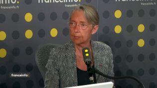 La ministre des Transports, Elisabeth Borne, le 24 avril 2019 sur franceinfo. (FRANCEINFO)