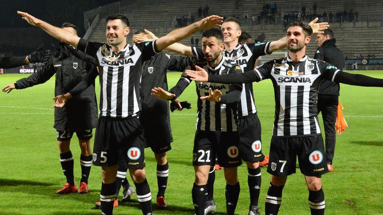 A la surprise générale, Vincent Manceau, Thomas Mangani, Yoann Andreu et Cie se sont installés sur le podium de la Ligue 1 ! (JEAN-FRANCOIS MONIER / AFP)