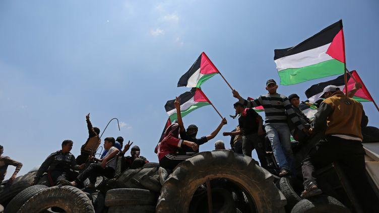 Manifestation palestinienne, dans la bande de Gaza, à l'occasion de la commémoration de la Nakba, le 15 mai 2018 (ASHRAF AMRA / ANADOLU AGENCY)