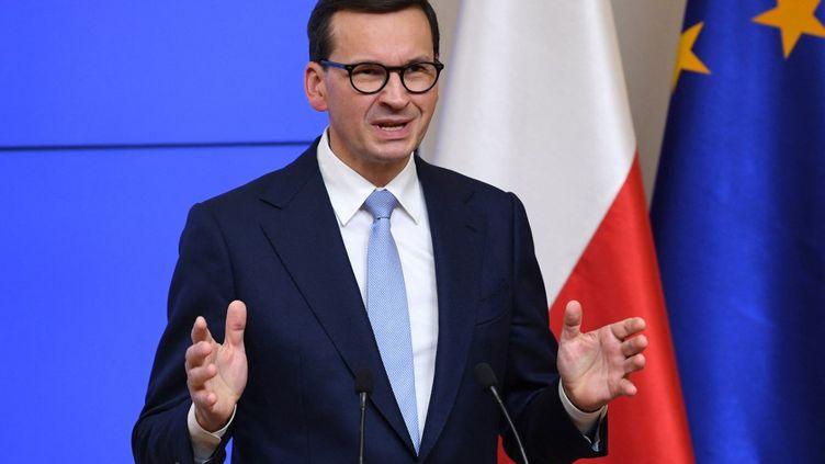 Le Premier ministre polonaisMateusz Morawiecki à Bruxelles (Belgique), le 22 octobre 2021. (JOHN THYS / AFP)