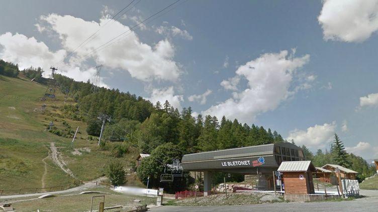 Le crash d'hélicoptère s'est produitau-dessus du domaine skiable de Serre Chevalier, sur la commune de Saint-Chaffrey (Hautes-Alpes). (GOOGLE STREETVIEW / FRANCETV INFO)
