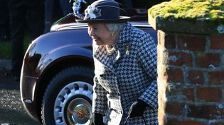 La reine d'Angleterre Elizabeth II, le 19 janvier 2020 à Norfolk (Royaume-Uni). (LINDSEY PARNABY / AFP)
