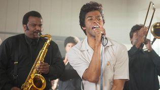 """Chadwick Boseman incarne James Brown dans le biopic """"Get On Up"""" co-produit par Mick Jagger.  (D. Stevens / Universal Pictures)"""