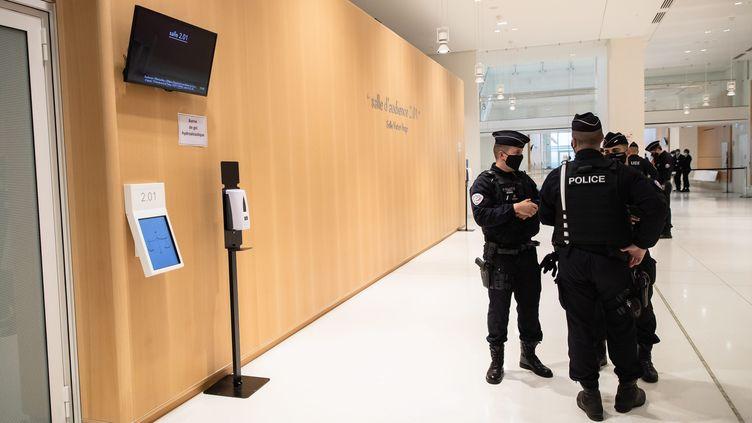 """Lors du procès de l'affaire dite des """"écoutes"""" au tribunal correctionnel de Paris, le 23 novembre 2020 (photo d'illustration). (AURELIEN MORISSARD / MAXPPP)"""