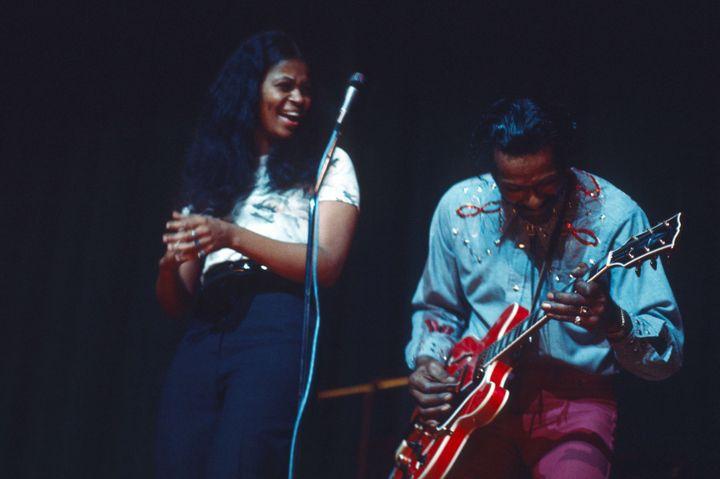 Ingrid Berry en concert avec son père à Londres, le 15 février 1975  (Andre Csillag / Rex Fea/REX/SIPA)