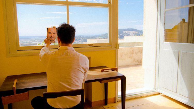 """Malik Djoudi sort son troisième album studio, """"Troie"""". (Edgar Berg)"""
