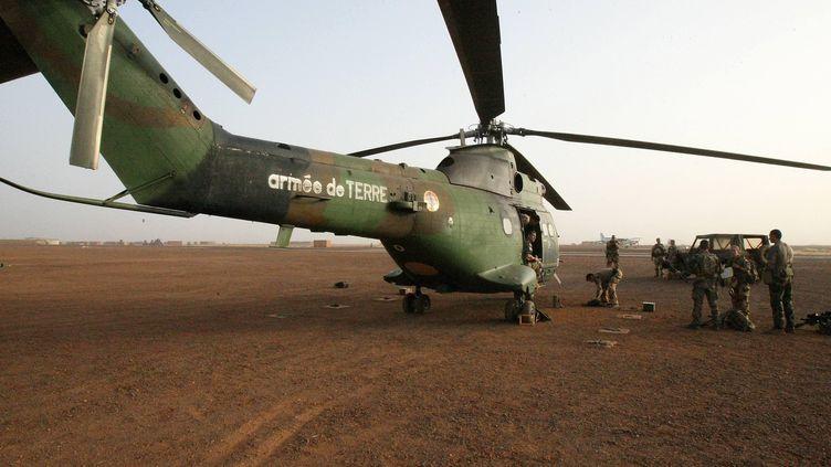 Un hélicoptère de l'opération Barkhane à Gao, au Mali, en 2019. (CARBONNEL SOPHIE / CARBONNEL SOPHIE)