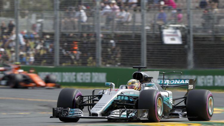 Mercedes et Lewis Hamilton, ici, tentera encore de creuser l'écart. (FREDERIC LE FLOC H / DPPI MEDIA)