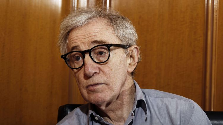Le réalisateur américain Woody Allen, le 29 décembre 2011 à Beverly Hills (Californie, Etats-Unis). (MATT SAYLES / AP / SIPA / AP)