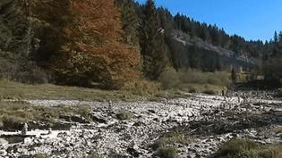 Le Doubs est à sec (CAPTURE D'ÉCRAN FRANCE 3)