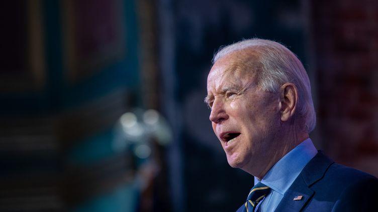 Le président élu des Etats-Unis, Joe Biden, s'exprime depuisWilmington, dans l'Etat du Delaware, le 28 décembre 2020. (MARK MAKELA / GETTY IMAGES NORTH AMERICA / AFP)