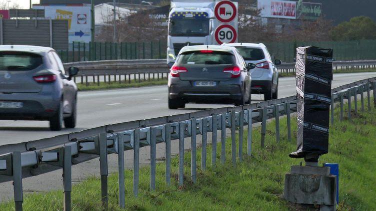 Radar dégradé sur le bord de la nationale 165 dans le Morbihan (France 3 Bretagne)