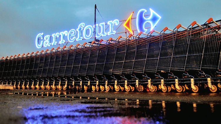Un magasin Carrefour à Douai, le 17 octobre 2012. (PHILIPPE HUGUEN / AFP)