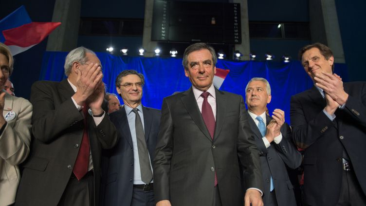 François Fillon participe à un meeting sur la sécurité, le 9 mars 2016, à Boulogne-Billancourt (Hauts-de-Seine). (CITIZENSIDE/SERGE TENANI / AFP)