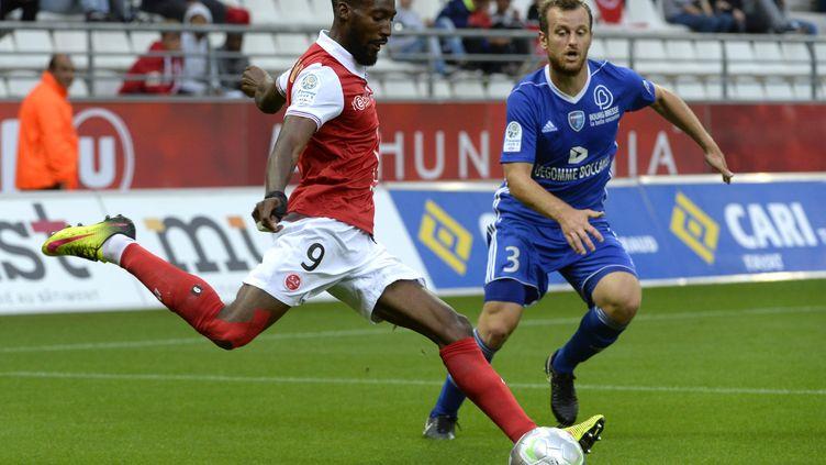 En quatre minutes, Reims a marqué trois buts.