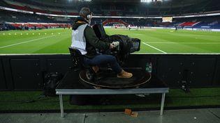 Illustration droits tv du championnat de France de football. (ARNAUD JOURNOIS / MAXPPP)