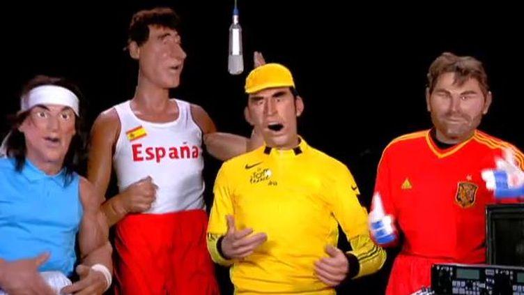 """""""J'ai quinze litres de sang dans mon frigo"""", chantent les sportifs espagnols dans les Guignols du 9 février 2012. (FTVI / CANAL PLUS)"""