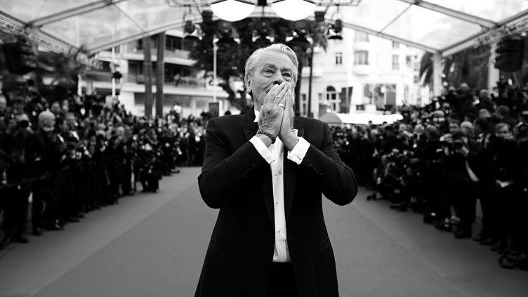 Alain Delon après avoir reçu la Palme d'Or d'honneur au 72e Festival de Cannes, le 19 mai 2019 (VALERY HACHE / AFP)