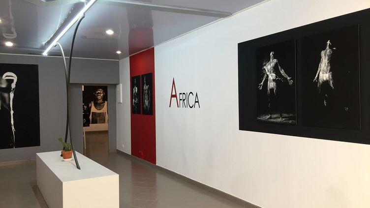 La galerie d'art photographique, la Grande Vitrine à Arles (LGV)