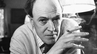 L'écrivain britannique Roald Dahl en 1971. (HULTON DEUTSCH / CORBIS HISTORICAL VIA GETTY IMAGES)