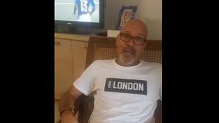 Capture écran de la vidéo YouTube du père deTony Henry, le père du footballeur Thierry Henry, le 10 juillet 2018. (ZAP VIDEOS/YOUTUBE)