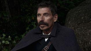 Jacques Gamblin campe le facteur Cheval dans le film de Nils Tavernier.  (SND)