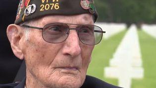 Walter Hurd avait 19 ans lorsqu'il a quitté sa Pennsylvanie pour être parachuté sur la Normandie. Son parcours le mènera jusqu'à la libération des camps de la mort. (FRANCE 3)