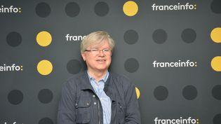 Philippe Gloaguen,le fondateur du Guide du routard, était l'invité de la Mise à jour de Guy Birenbaum. (RADIO FRANCE / JEAN-CHRISTOPHE BOURDILLAT)