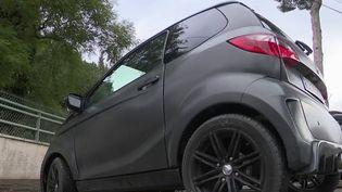 Automobile : l'essor des voitures sans permis chez les adolescents (FRANCE 2)