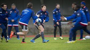 L'équipe de Francede rugby pendant unentrainementàMarcoussis, en région parisienne, le 23 février 2016. (KENZO TRIBOUILLARD / AFP)