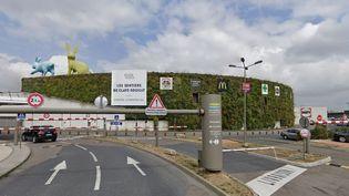 Le centre commercial de Claye-Souilly (Seine-et-Marne), où un homme a été interpellé le 10 juillet 2021 aprèsl'agression dedeux employés d'une boutique de téléphonie. (GOOGLE STREET VIEW)