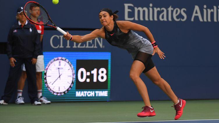 Caorline Garcia en difficultés à l'US Open (TIMOTHY A. CLARY / AFP)