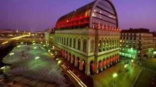 L'Opéra de Lyon, redessiné par Jean Nouvel (2000). (SETBOUN PHOTOS/SIPA)