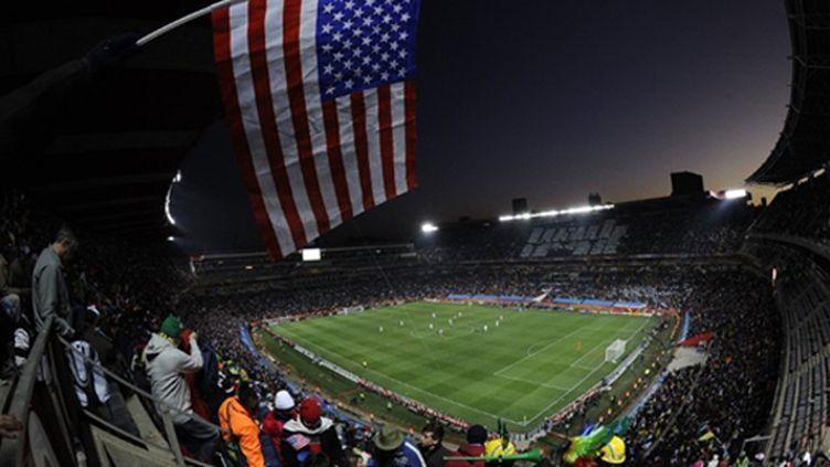 Le drapeau américain flotte sur l'Afrique du Sud (MONIRUL BHUIYAN / AFP)