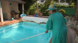 Vacances : le boom des sites de locations de piscine entre voisins (Vacances : le boom des sites de locations de piscine entre voisins)