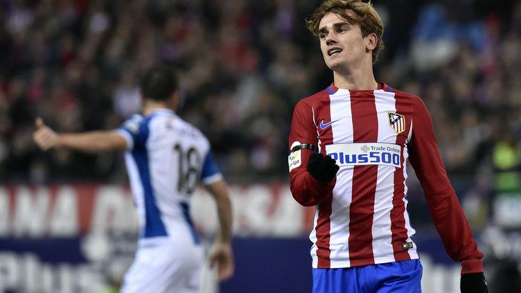 L'attaquant français de l'Atletico, Antoine Griezmann, n'a pas trouvé le chemin des filets face à l'Espanyol... (GERARD JULIEN / AFP)