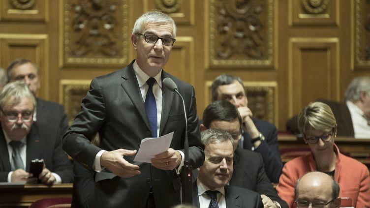 Le sénateur de l'Eure, Hervé Maurey, lors d'une séance de questions au gouvernement au Sénat, le 10 décembre 2015. (MAXPPP)