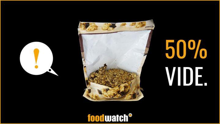 """Un visuel de la campagne de lutte contre les emballages alimentaires """"pleins de vide"""", réalisée par l'ONG de défense des consommateurs Foodwatch, et présentée le 17 septembre 2020. (FOODWATCH)"""